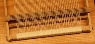 Costruire telaio tessitura modificare una pelliccia - Telaio da tavolo per tessitura a mano ...